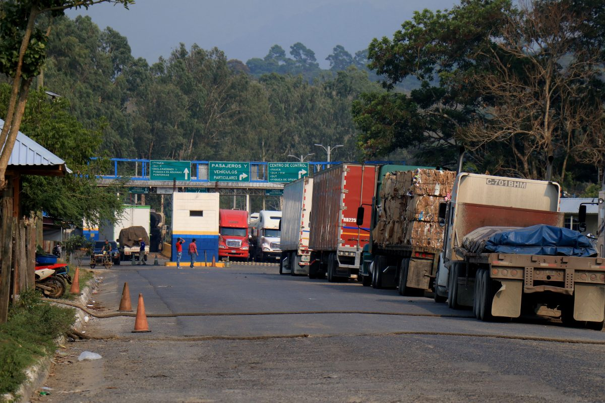 Guatemala aplicará medidas de reciprocidad a Costa Rica por transporte de carga terrestre