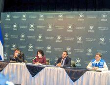Autoridades salvadoreñas en conferencia de prensa. (Foto Prensa Libre: Presidencia de El Salvador)