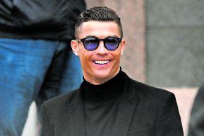"""Coronavirus: Cristiano Ronaldo """"Quédate en casa y ayudemos a los sanitarios"""""""