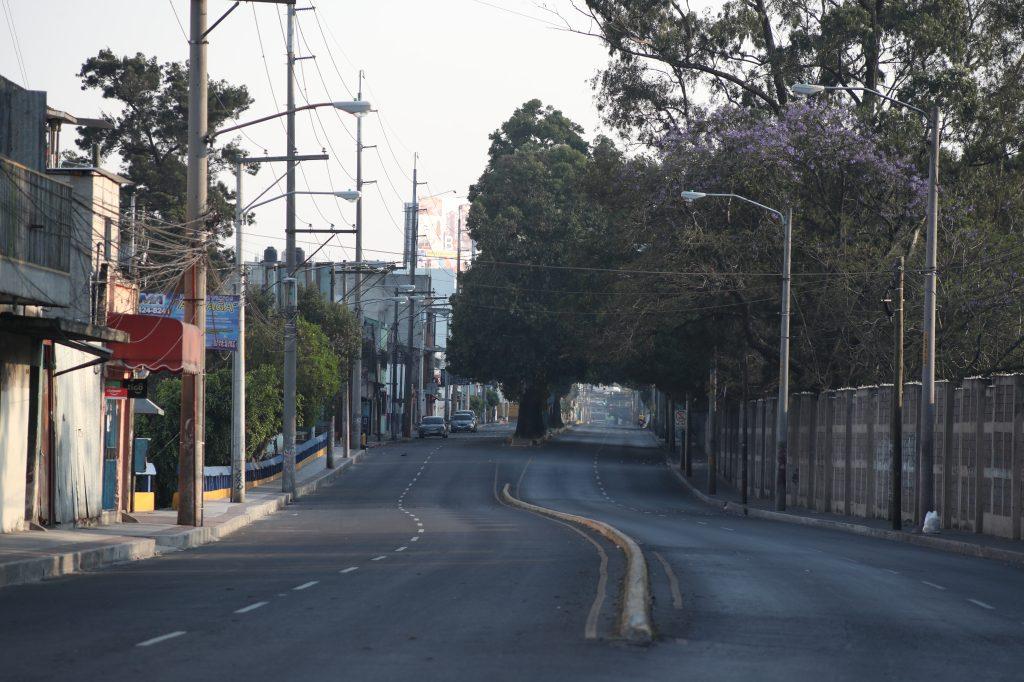 La 12 avenida en la zona 5 es uno de los lugares más transitados del sector. Foto Prensa Libre: Óscar Rivas