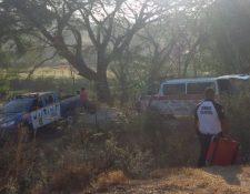 Lugar donde fue localizado el cadáver de un hombre en la cabecera de Jutiapa. (Foto Prensa Libre: Bomberos Voluntarios).