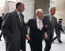 Harvey Weinstein es  sentenciado a 23 años de prisión. (Foto Prensa Libre: EFE)
