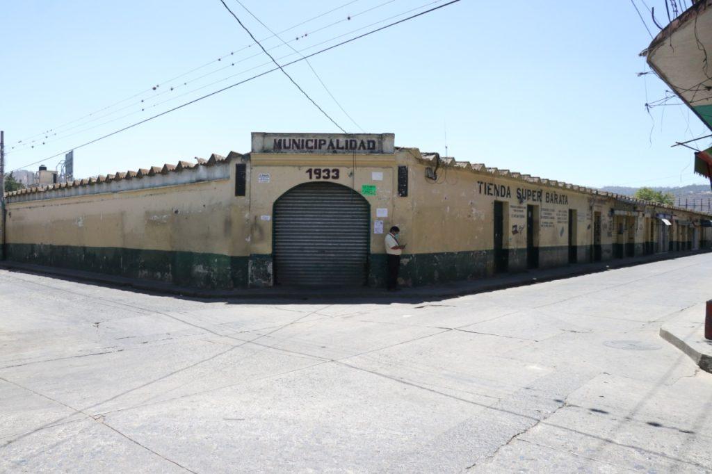 En Huehuetenango los servicios estuvieron cerrados. Foto Prensa Libre: Mike Castillo