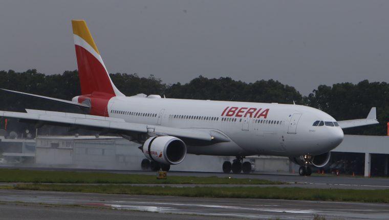 A partir del 12 de marzo la aerolínea española Iberia no enviará vuelos a Guatemala por medidas sobre el coronavirus. (Foto Prensa Libre: Hemeroteca)