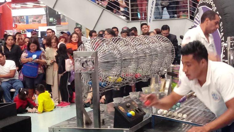 El sorteo de Lotería Santa Lucía del sábado 21 de marzo fue cancelado por la emergencia del covid-19. (Foto Prensa Libre: Cortesía Pro Ciegos)