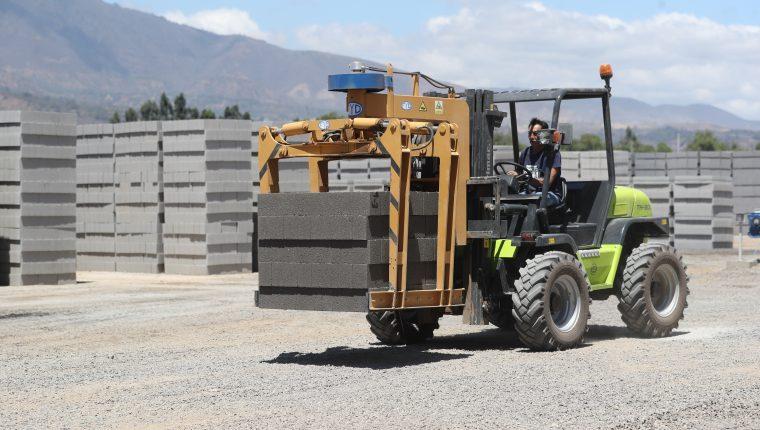 En 2021 el sector construcción tendrá la mayor tasa de crecimiento en el PIB con 7% según las proyecciones oficiales. (Foto Prensa Libre: Hemeroteca)