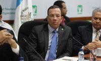 Álvaro González Ricci, ministro de Finanzas confirmó este martes que Guatemala realizó una colocación de un eurobono por US$1 mil 200 millones y parte de ese dinero se destinará para cubrir programas por la emergencia sanitaria. (Foto Prensa Libre: Hemeroteca)