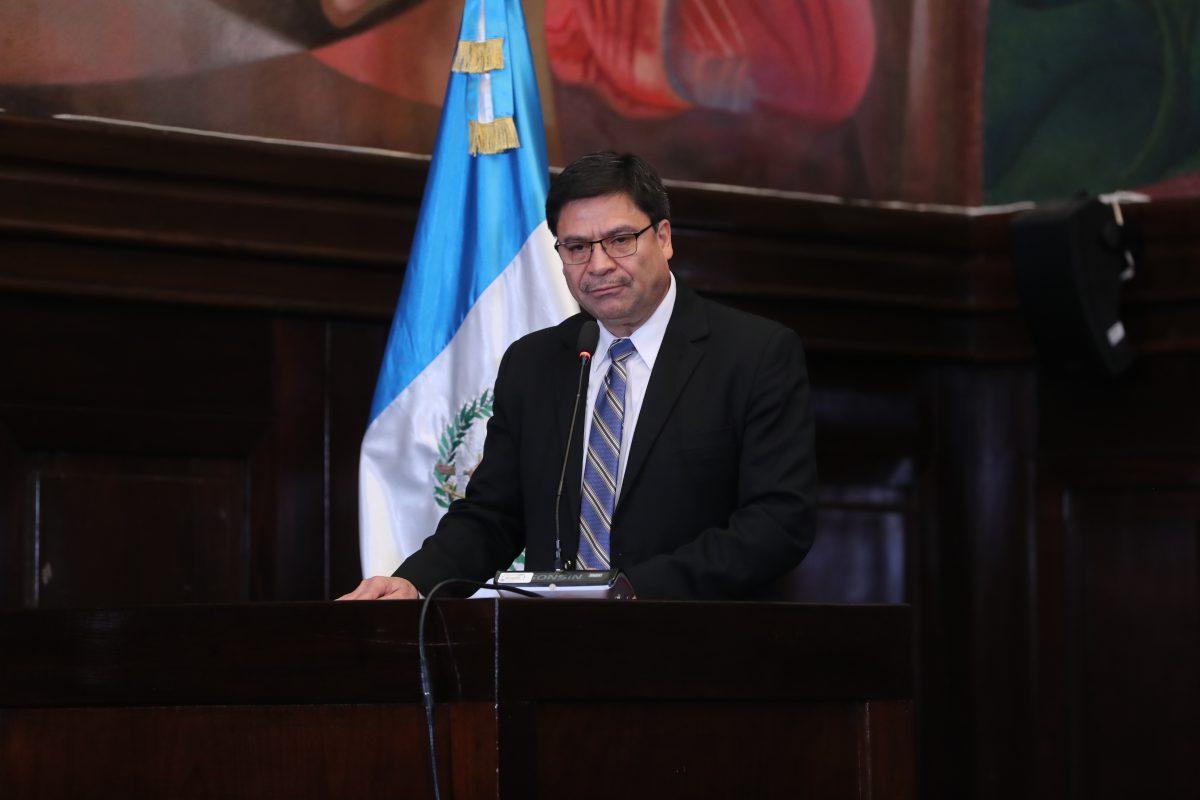 Ranulfo Rafael Rojas podría asumir como magistrado del TSE hasta que el Congreso nombre a su sucesor en la CSJ