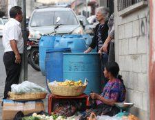 Vecinos exigen a la municipalidad pronta solución. Fotografía Prensa Libre: Erick Avila
