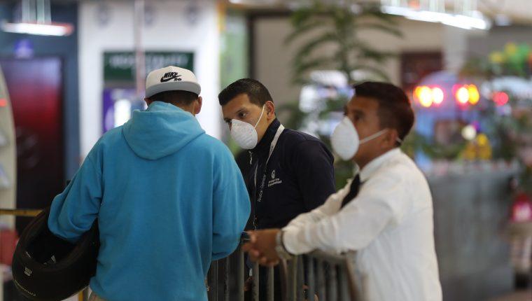 El Ministerio de Finanzas  busca fondos tanto para financiar el presupuesto del 2020 como para atender la emergencia del coronavirus. (Foto, Prensa Libre: Érick Ávila)