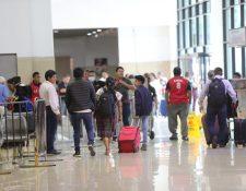 Varios vuelos serán cancelados a partir del martes. (Foto, Prensa Libre: Érick Ávila).