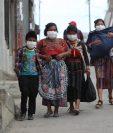Luego de confirmarse que el primer fallecido por coronavirus, residía en San Pedro Sacatepéquez, autoridades llevan a cabo controles a toda la población. Fotografía Prensa Libre: Erick Avila