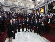 Los nuevos magistrados del TSE fueron juramentados este miércoles 18 de marzo en el pleno del Congreso. (Foto Prensa Libre: Fernando Cabrera)