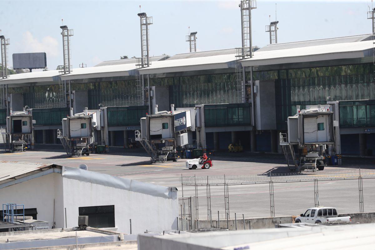 Coronavirus: Postergan inicio de vuelos domésticos en el Triángulo Norte