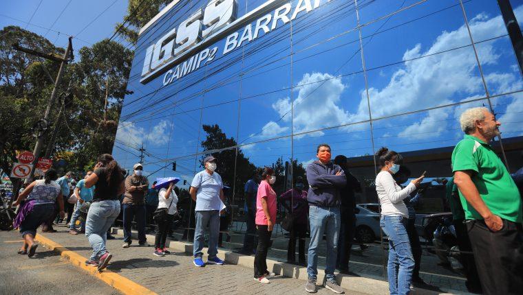 La Junta Directiva del IGSS informó su postura después que el presidente Alejando Giammattei les pidió apoyo. (Foto Prensa Libre: Hemeroteca PL)