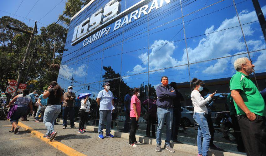 Coronavirus: IGSS dice que no puede aportar para sueldos y pide al Gobierno crear plan de desempleo