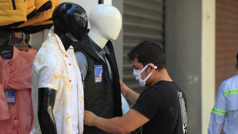 El efecto del coronavirus en Guatemala para las empresas será en una caída en ventas que impactará en el flujo de caja, señala el decano Helmuth Chávez de la Escuela de Negocios de la UFM. (Foto Prensa Libre: Hemeroteca)