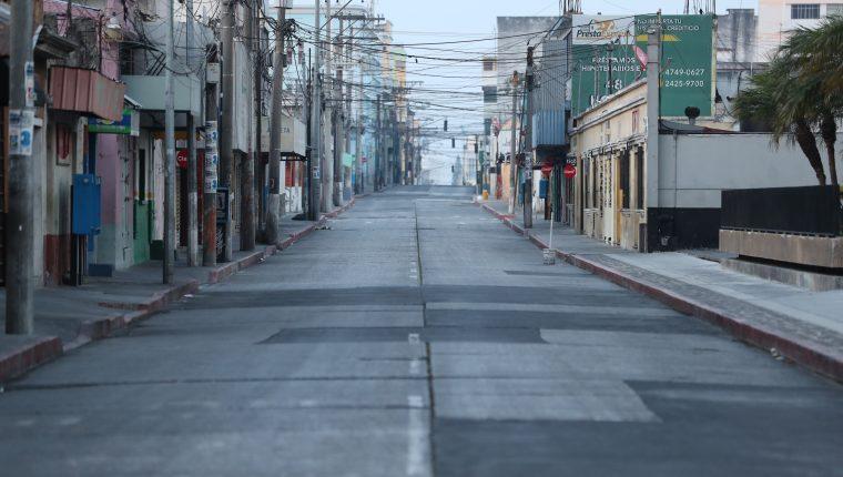 La Cámara de Comercio de Guatemala informó el cierre de las actividades en el segundo fin de semana de toque de queda. (Foto Prensa Libre: Hemeroteca)