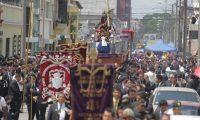 La  imagen de Jesœs Nazareno del Rescate, que salen en andas procesionales  de la iglesia de Santa Teresa, este miŽrcoles santo, el cual recorrera las principales  calles y avenidas del Centro Historico en esta semana santa      FOTO: Alvaro Interiano.