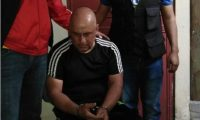 Orlando Krishna Alvarado, de 62 años, luego de ser capturado. (Foto Prensa Libre: Cortesía).