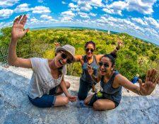 En temporadas largas de descanso los turistas muchas veces viajan a destinos más lejanos a su lugar de residencia. (Foto, Prensa Libre: Hemeroteca PL).
