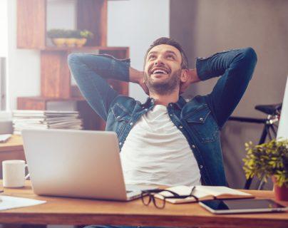Una de las principales razones por las que las personas caen en la procrastinación es porque no organizan por escrito sus tareas pendientes. (Foto Prensa Libre: Servicios).