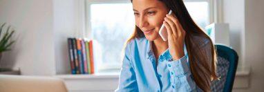 Una de las condiciones del teletrabajo es que el personal tenga las herramientas adecuadas para desarrollar su labor con los estándares que requiere la empresa. (Foto Prensa Libre: Shutterstock)