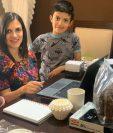 Vivian Dighero es esposa, madre de familia y emprendedora guatemalteca fundadora de Icoffee Solutions junto a su esposo Manuel Lara, quienes trabajan desde casa y luchan por continuar operaciones ante la crisis del coronavirus. (Foto Prensa Libre: Cortesía)