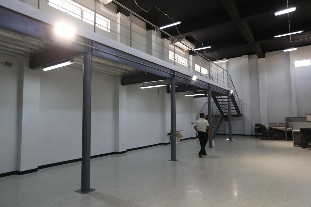 El nuevo edificio de EEPOL tiene un salón para simular escenas de crimen, para que los oficiales e investigadores sepan como conservar mejor los indicios que encuentren en los lugares. Foto Prensa Libre: Óscar Rivas