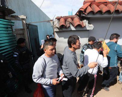 Estados Unidos detuvo las deportaciones 72 horas mientras el Gobierno se preparaba para recibir a nuestros compatriotas. (Foto Prensa Libre: Hemeroteca PL)
