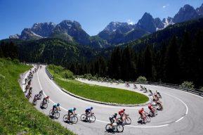 Coronavirus:UCI, corredores, equipos y organizadores examinan un nuevo calendario