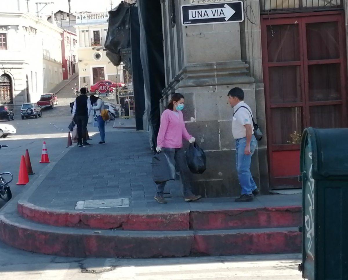 Coronavirus: así se cumplen las prohibiciones en Xela, donde las calles lucen atípicas