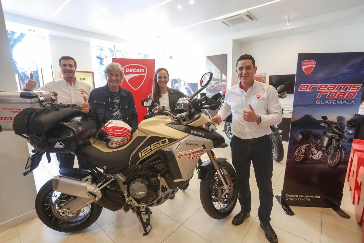 Personajes de la TV italiana realizarán un recorrido por lugares emblemáticos de Guatemala con una Ducati
