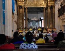 Comerciantes dicen que ya se percibe la baja en la llegada de peregrinos al Señor de Esquipulas. (Foto Prensa Libre: Elizabeth Hernández)