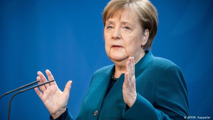 Merkel estuvo en contacto con un doctor que dio positivo en coronavirus y deberá someterse a una prueba próximamente. (AFP/M. Kappeler)