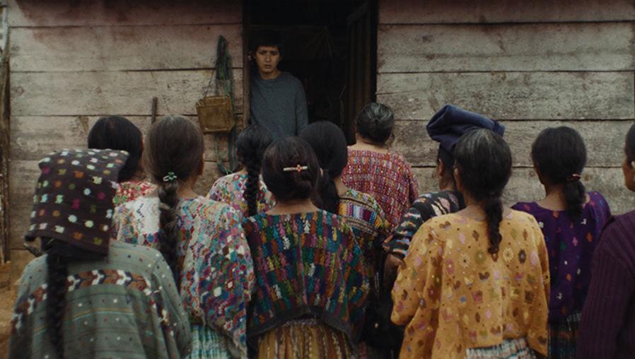 """""""Nuestras madres"""": descubriendo las atrocidades en Guatemala, hueso por hueso"""