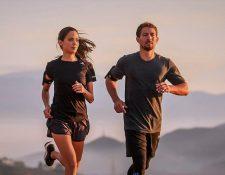 Una pareja intentará completar un maratón desde la terraza de su vivienda. Foto Prensa Libre: tomada de rede