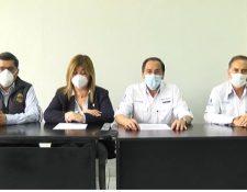 El ministro de Salud, Hugo Monroy, anuncia que el IGSS también puede realizar las pruebas de covid-19. (Foto Prensa Libre: captura de pantalla)