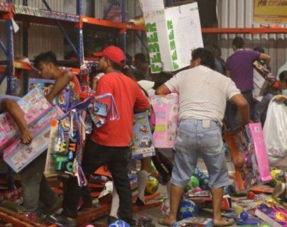 Están robando teléfonos móviles o aparatos electrónicos. (Foto Prensa Libre: EFE)