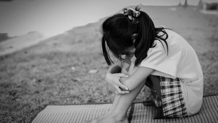 Nueve de cada 10 niños que están en centros de cuidado sí tienen familia y el mejor modelo de reinserción es crecer en su círculo familiar, según expertos. (Foto Prensa Libre)