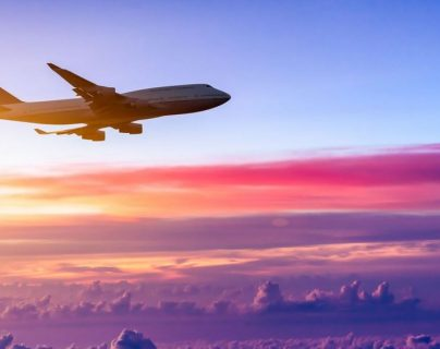 El tráfico de pasajeros se ha detenido y los flujos de ingresos se han agotado debido a la emergencia del covid-19. (Foto Prensa Libre: Shutterstock)