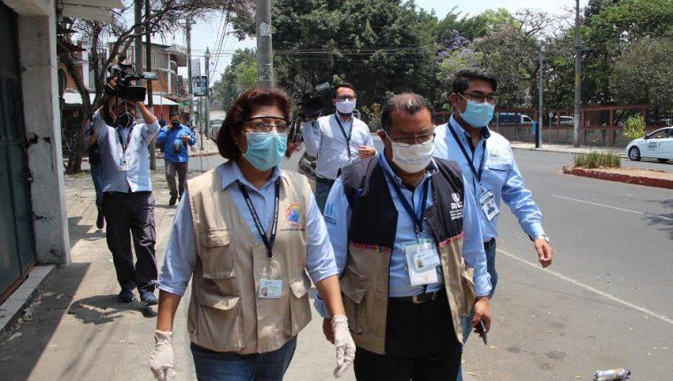 La Diaco realizó un operativo para verificar los precios de productos quirúrgicos. (Foto Prensa Libre: Cortesía)