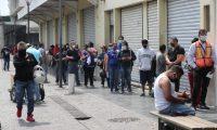 El uso de mascarilla es obligatorio en Guatemala. (Foto Prensa Libre: Érick Ávila).