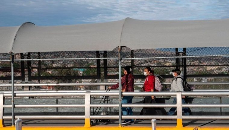 EE.UU. cerró su frontera con México y limitó el intercambio entre los dos países a viajes esenciales.