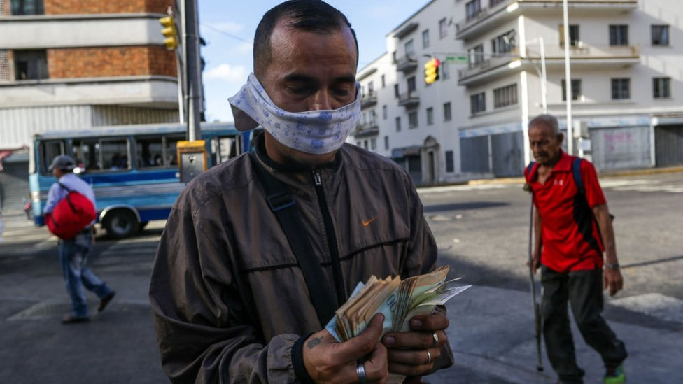 Coronavirus: con cuánto dinero cuentan el FMI y el Banco Mundial (y qué tanto pueden ayudar a los países más golpeados por la pandemia)