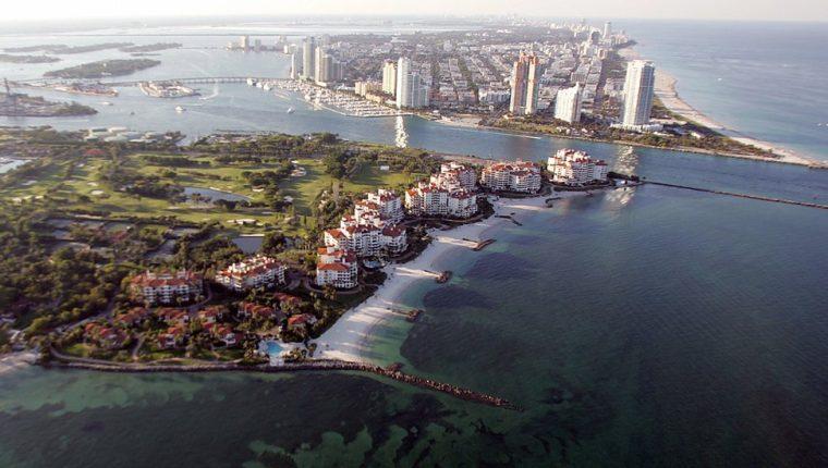 La exclusiva isla de Fisher Island, uno de los barrios más ricos de Estados Unidos.