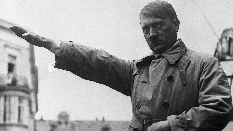 Adolf Hitler: cómo murió el líder nazi y por qué hubo tanto misterio sobre el destino final de su cuerpo
