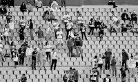 Los aficionados todavía no podrán asistir a los estadios, pero la taquilla no es un factor para mantener las plantillas de los clubes. (Foto Prensa Libre: Hemeroteca PL)