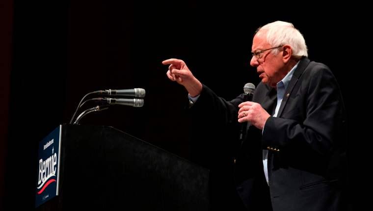 Bernie Sanders, durante un discurso a sus seguidores. (Foto: Hemeroteca PL)