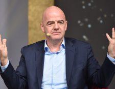 La FIFA ha buscado opciones para respaldar a los futbolistas. (Foto Prensa Libre: AFP)